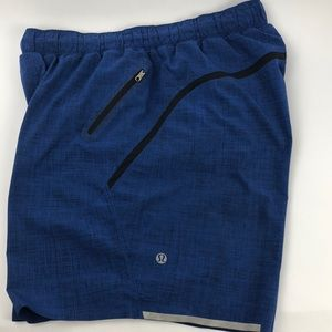 New Lululemon short Size M